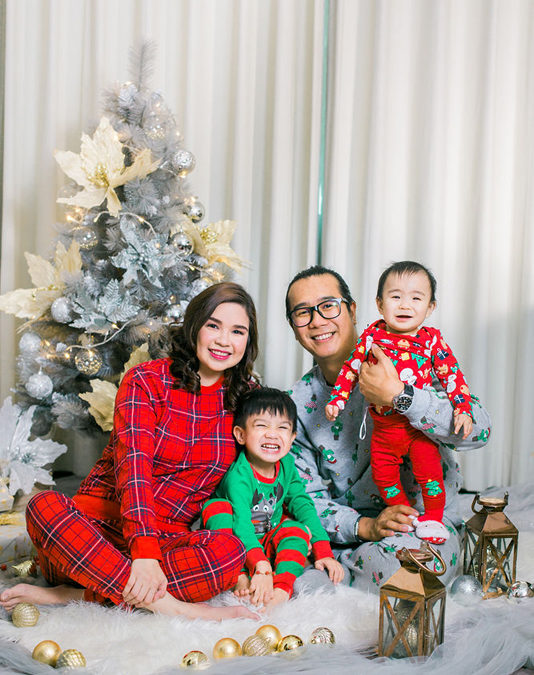 December Christmas Family Photo session
